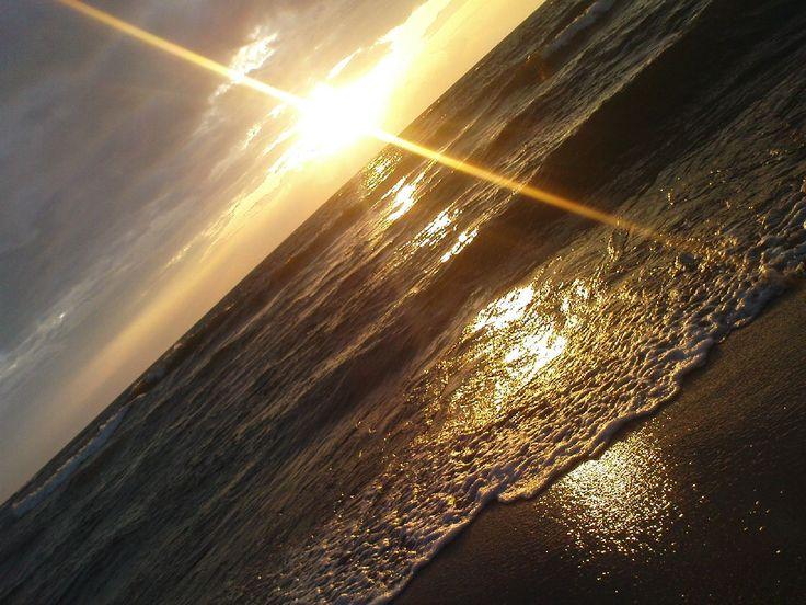 Morze Bałtyckie / Polskie morze / Baltic Sea / Poland / Polska /zachód słońca / Darłówko / Darłowo / Dąbki / wybrzeże / nad morzem  #Bałtyk #morze #Bałtyckie #Baltic #sea #Darłowo #Dąbki #koszalińskie #Polska #Poland #wybrzeże #zachodniopomorskie #zachód #słońca #wydmy #plaża #Darłówek #Adam #Matuszyk #webdesign #projektowanie #stron