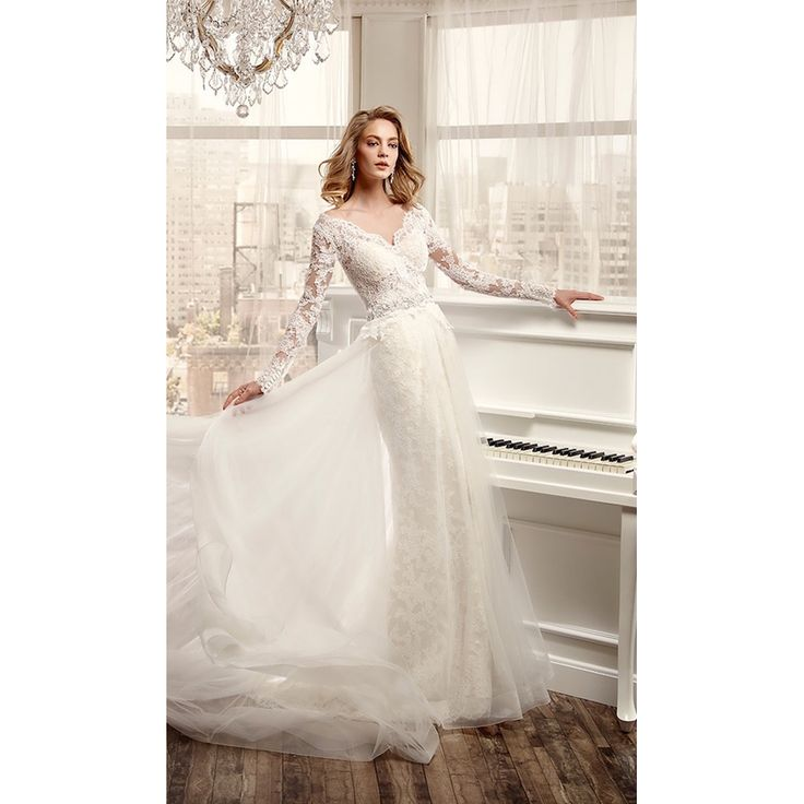 Aliexpress.com : Buy Gorgeous Mermaid Long Sleeve Lace Wedding Dresses V Neck Backless Lace Aline Bridal Gown with Organza Trian abiti da sposa  from Reliable gowns mother of the groom suppliers on Life&Peace Dress Store  | Alibaba Group