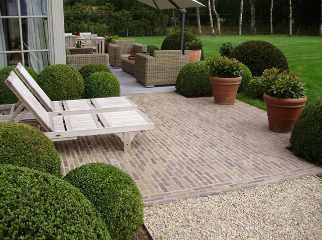 Brick patio, separate seating area, lounge patio, outdoor furniture layout