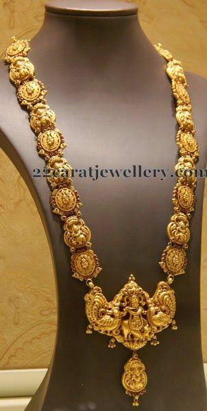 Jewellery Designs: Regal Nakshi Long Set