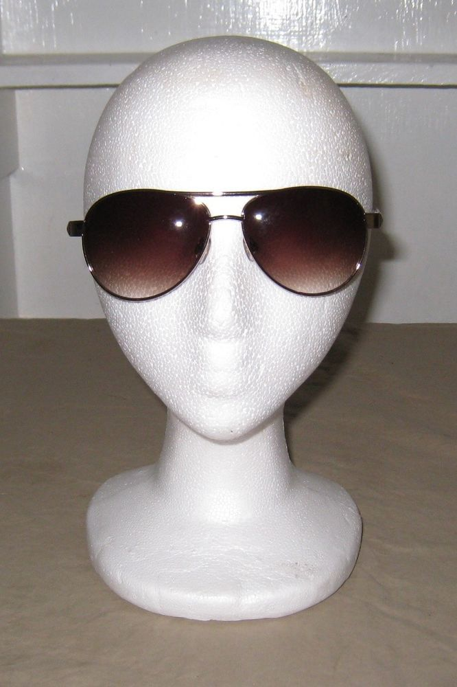 b421ca00a9 NWOT Foster Grant BEWITCHING Women s Sunglasses TORTOISE   GOLD.   FosterGrant  Pilot