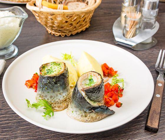 Рецепты из рыбы во Вкусном блоге довольно редкое явление. Но они есть  Сегодня, например, я предлагаю приготовить вкусное блюдо из самой что ни на есть антикризисной рыбы - скумбрии. Стоит она дешево, а при правильном приготовлении дает очень приличный результат.Тот вариант приготовления, который я предлагаю вам сегодня, хорош еще и тем, что не требует [...]