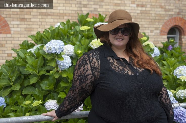 Aussie Curves: Maxi Skirt - Meagan Kerr