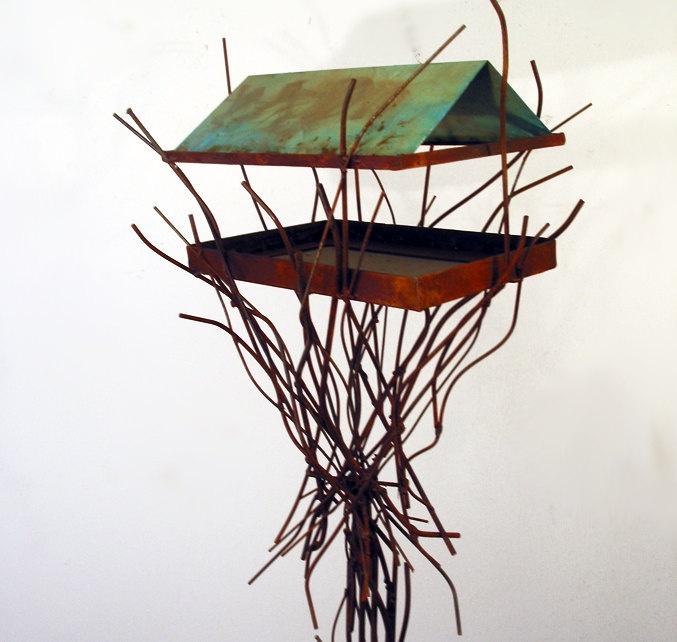 sculptured Wild bird feeder