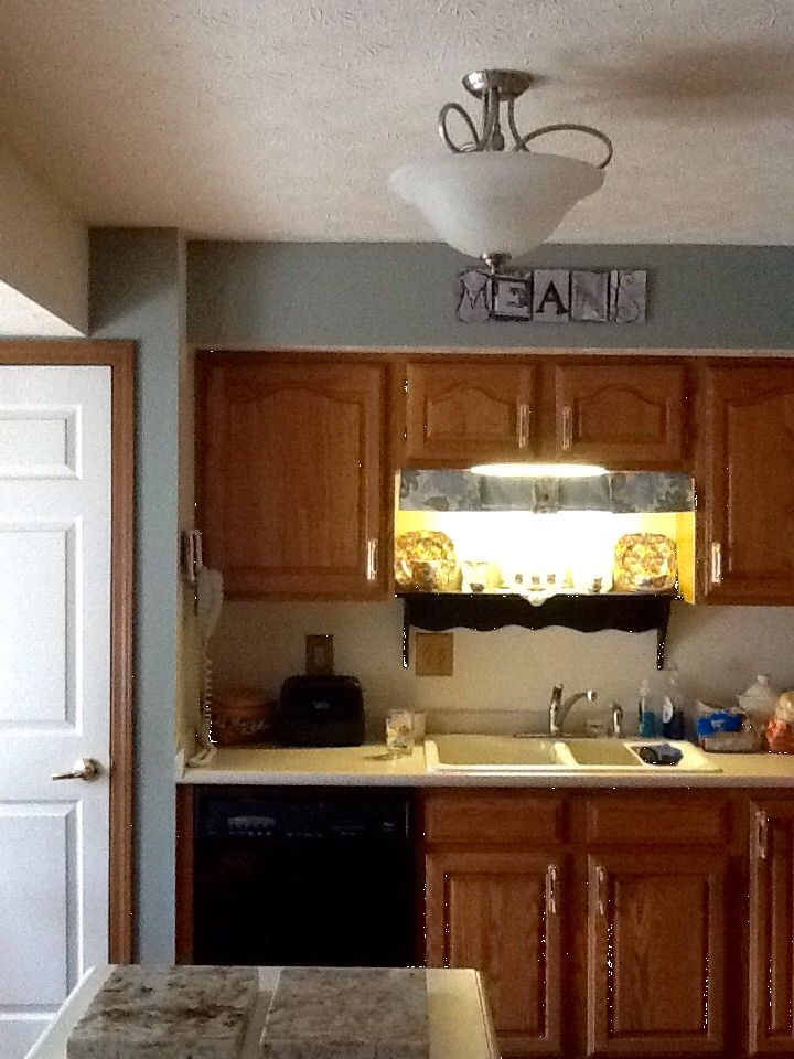painting kitchen cabinets with benjamin moore advance quot before quot of cabinet doors before refacing with 24485