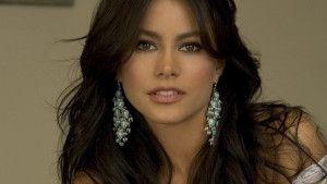 Sofía Margarita Vergara Vergara born July 10, 1972)3 is a Colombian actress, television hostess, and model