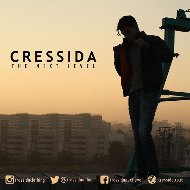 Shapes X Silhouette #Cressida #CressidaONL #cressidaclothing #bdg #indonesia #fashion #fashionbdg #fashionblogger #fashionista #style #badboy #otd #rooftop #afternoon #silhouette