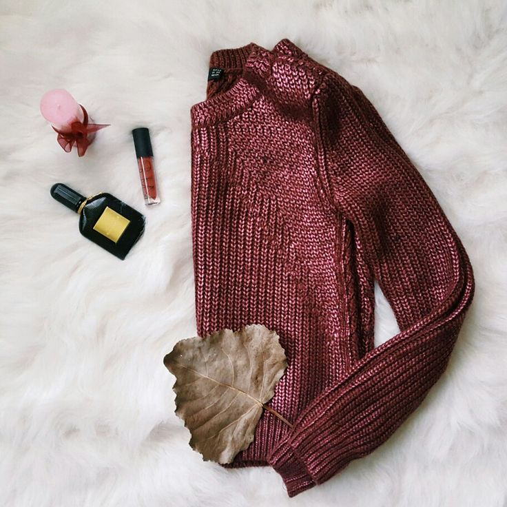 Fall inspiration #burgundy #pull