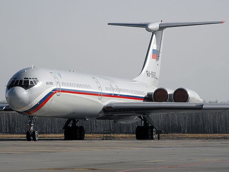 223rd Flight Unit State Airline Ilyushin IL-62M  RA-86495 aircraft, parked at Russian Federation Khabarovsk Novy Airport. 30/10/2009.