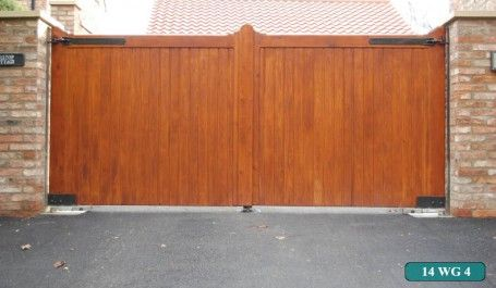Yorkshire Electric Gates installs high quality wooden gates with manual or electric operation to residential homes or business premises to your requirements.