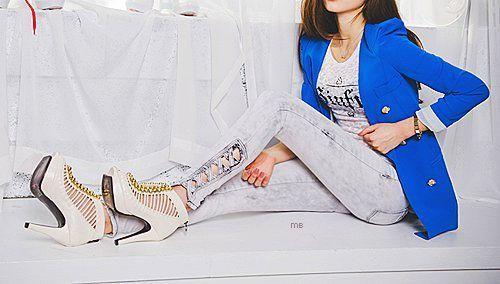 """Mavi Pantolon Modelleri - http://www.gelinlikvitrini.com/mavi-pantolon-modelleri/ - #2015MaviPantolonModelleri, #2016PantolonModelleri   Mavi Pantolon Modelleri"""" Mavi"""" markasıyla adeta özdeşleşti. Ama Mavi renkleri kullanarak pantolon üreten markalarda var. Ama siz Mavi markasından şaşmayın.Çünkü Mavi markası sizin için klas modellerden oluşan, daha güçlü tasarımlar ve vücudunuzu tam anlamıyla saran modeller var. Ama ..."""
