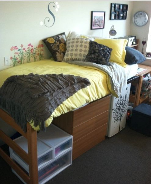 17 Best images about Dorm Rearranging on Pinterest  ~ 044315_Smart Dorm Room Ideas