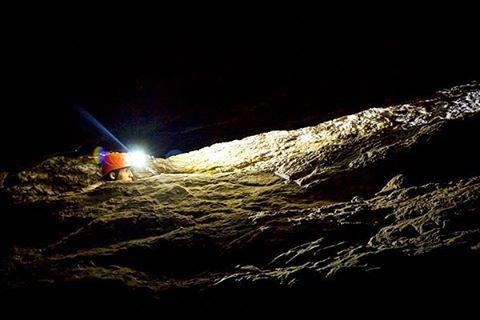 """""""Toda luz que nace es una sombra surgida en alguna parte""""  Anónimo.  Ph: Carlos Bernate @tejiendo_memoria14 / Tejiendo Memoria  #TejiendoMemoria #HistoriasDeMiAldea #Peñon #Santander #Colombia #nature #Life #CanonPhotography #travel #DíaDeLaTierra @__photooftheday__ @tudiscovery"""