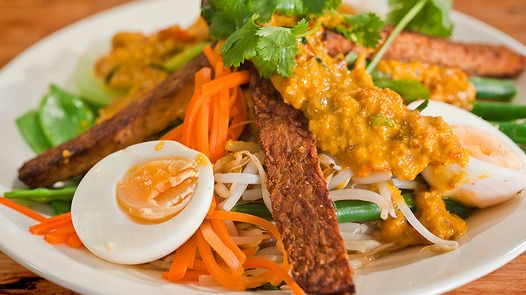 Balinese Vegetable and Egg Salad with Spicy Peanut Sauce by Janella Purcell via Good Chef Bad Chef