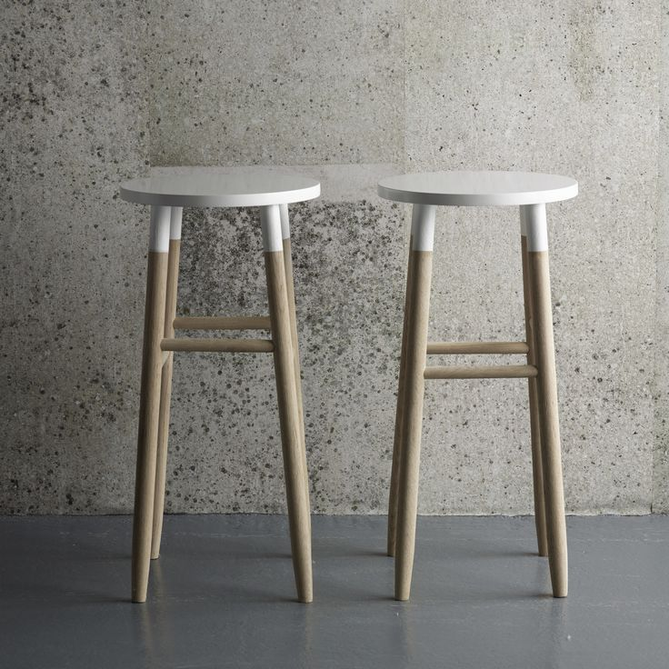 Design Vintage | White Dipped Stool | Bar Stool | Wooden | Hubsch