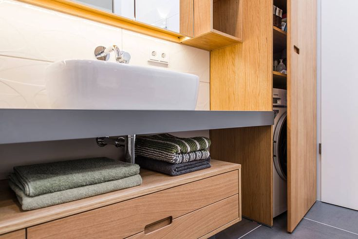 실용성을 입힌 작은 욕실 인테리어 (출처 MIYI KIM)