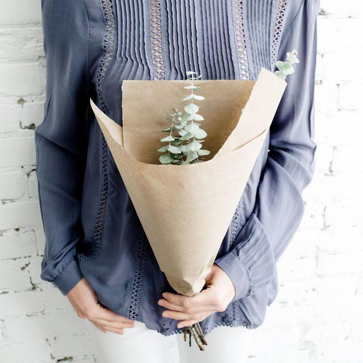 Saturday fresh blooms - available in store!  .............................. Les petits bouquets du samedi - disponibles en magasin!  #monvestibule