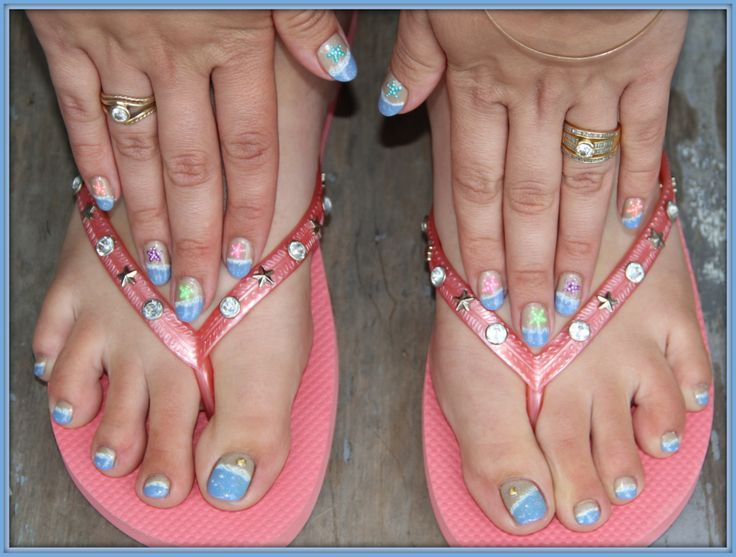 Beach nails with Gelish