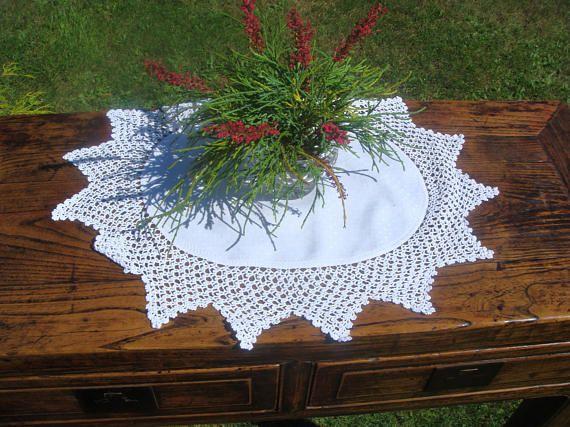 Vintage Irish Damask and lace Doily White Irish damask center