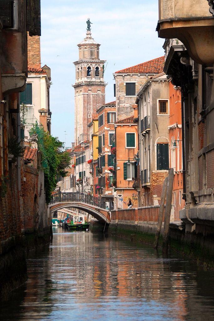 Rio di San Barnaba | Looking down the Rio di San Barnaba canal towards the church of Santa Maria dei Carmini.