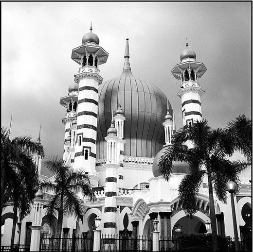 Ubudiah Mosque in Kuala Kangsar, Malaysia: Beautiful Mosques, Mosques Collection, Beati Mosques, Inspiration Photography, Islam Art, Islam Architecture, Around The World, Ubudiah Mosques, Picturesqu Mosques