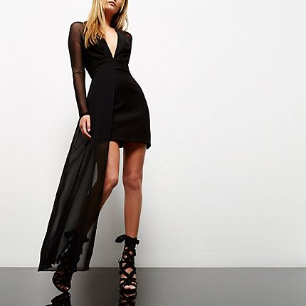 Black mesh hem plunge dress €35.00