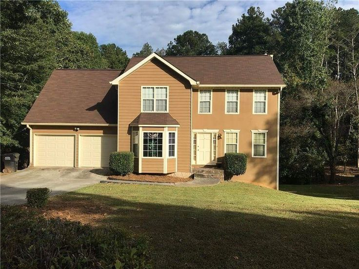 KAREN LICKAY REALTY GROUP congratulates the Garcia Family for putting this beautiful home in Lithia Springs under contract. We are very grateful to you for trusting us in this very important step.