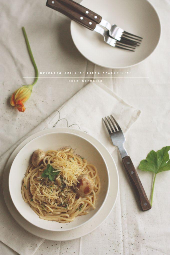 Mushroom Zucchini Cream Spaghettini