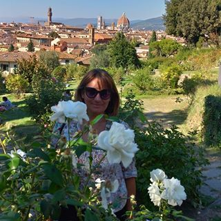 A Must Stop When In Florence Is The Rose Garden Below Piazzale