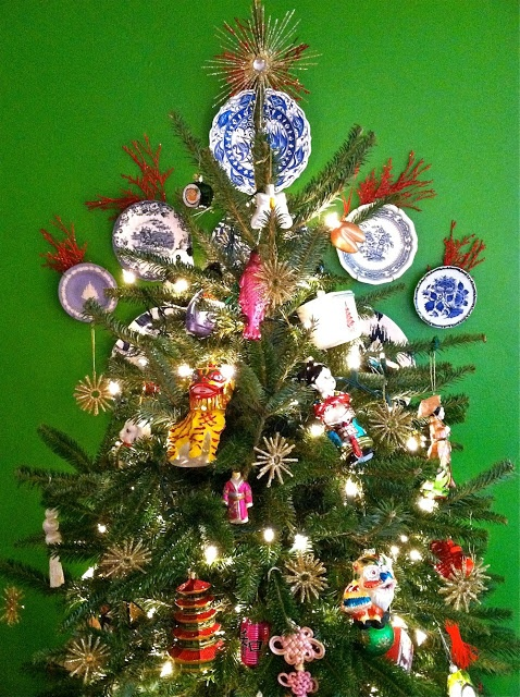A Tony Duquette Chinoiserie Christmas