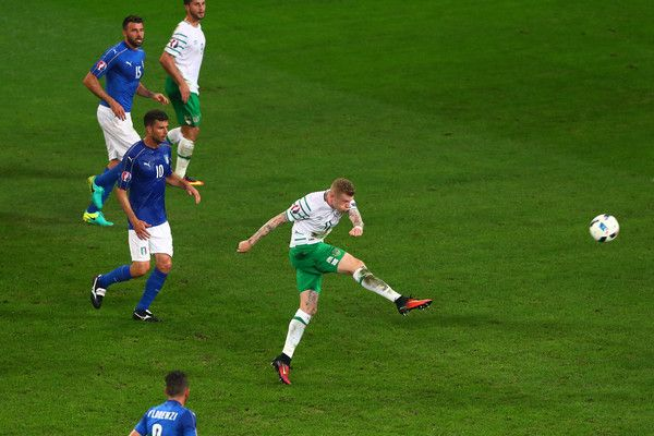 James McCarthy of Republic of Ireland shoots ato goal during the UEFA EURO 2016 Group E match between Italy and Republic of Ireland at Stade Pierre-Mauroy on June 22, 2016 in Lille, France.