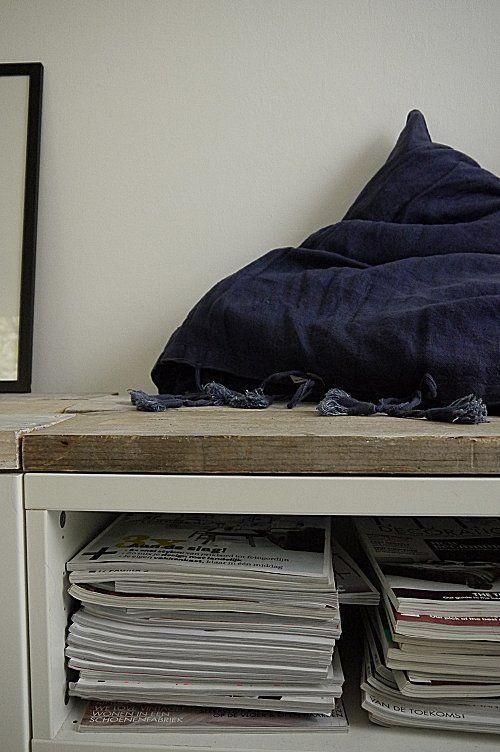 Steigerplank op Ikea besta kastje.