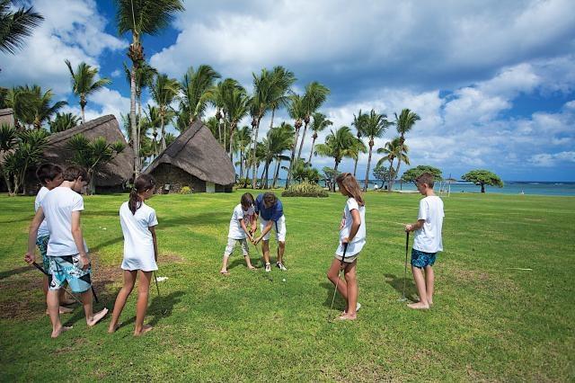 At La Pirogue Resort & Spa, Mauritius, we make our little kids feel home and learn new sport. Mini Golf is one of our activities offered by our resort!  #Golf #kids #fun #holidays