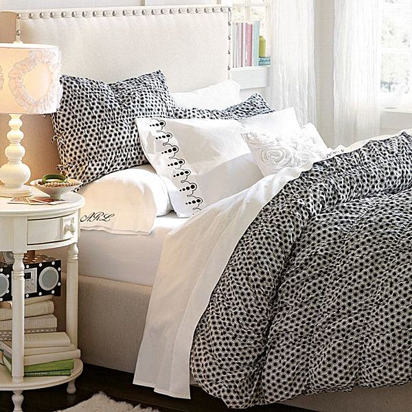 Teenage girls bedrooms bedding ideas girls bedroom for Polka dot bedroom ideas