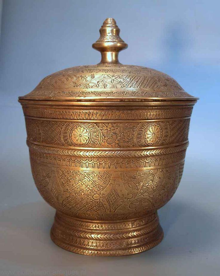 Large brass jarr , Java around 1880.