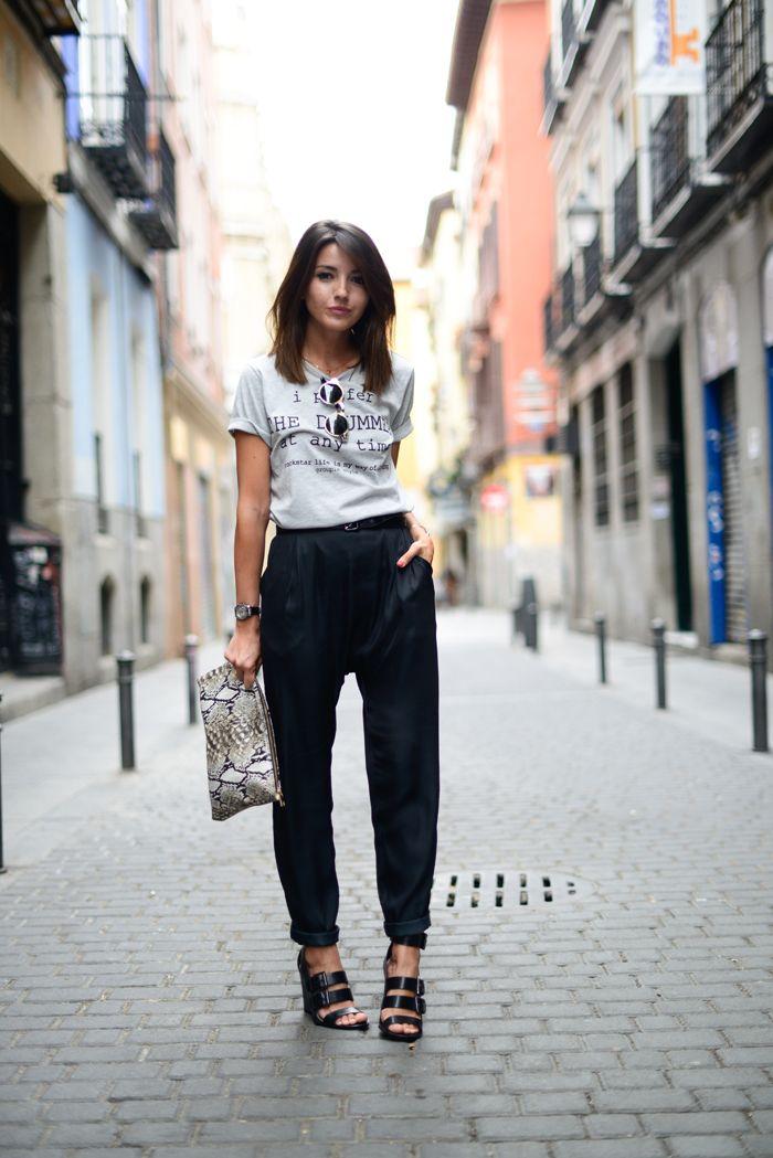 pants: Vila Clothes – Buylevard (s/s 14) t-shirt: Vila Clothes – Buylevard (s/s 14) sandals: Zara (s/s 14) sunglasses: Styligion clutch: DayaDay watch: Sheen de Casio