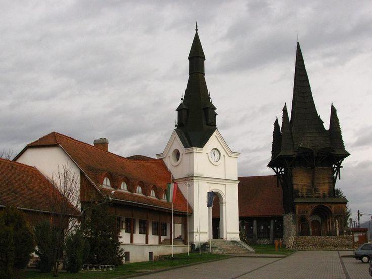 Makovecz Imre épületei - Faluház - Kakasd - Dunántúl - Hungary