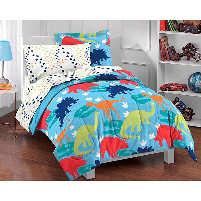 This dinosaur bed in a bag set creates a prehistoric feel for a childs bedroom that any boy will love. The five piece set comes with a the colorful comforter that is reversible, plus sheets, a pillowcase and sham to fit a twin size bed.
