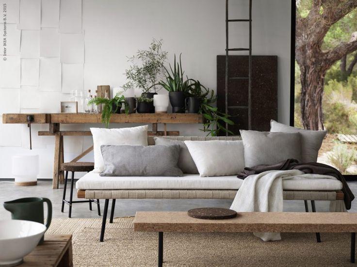 Den 14 augusti kommer äntligen kollektionen SINNERLIG till IKEA varuhusen. Naturmaterial och enkla former står i fullständig balans och harmoni i denna efterlängtade kollektion, som är resultatet av ett helt unikt samarbete med den världsberömda designern Ilse Crawford.