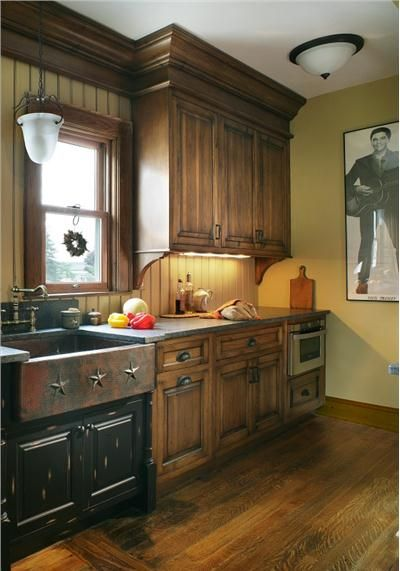 Homey Country/Rustic Kitchen by Rose Marie Carr