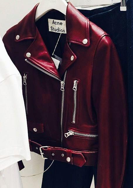 I want this jacket so bad oh my gosh