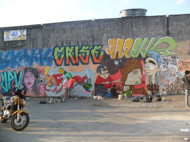 domingão de grafite, break e pão com mortadela
