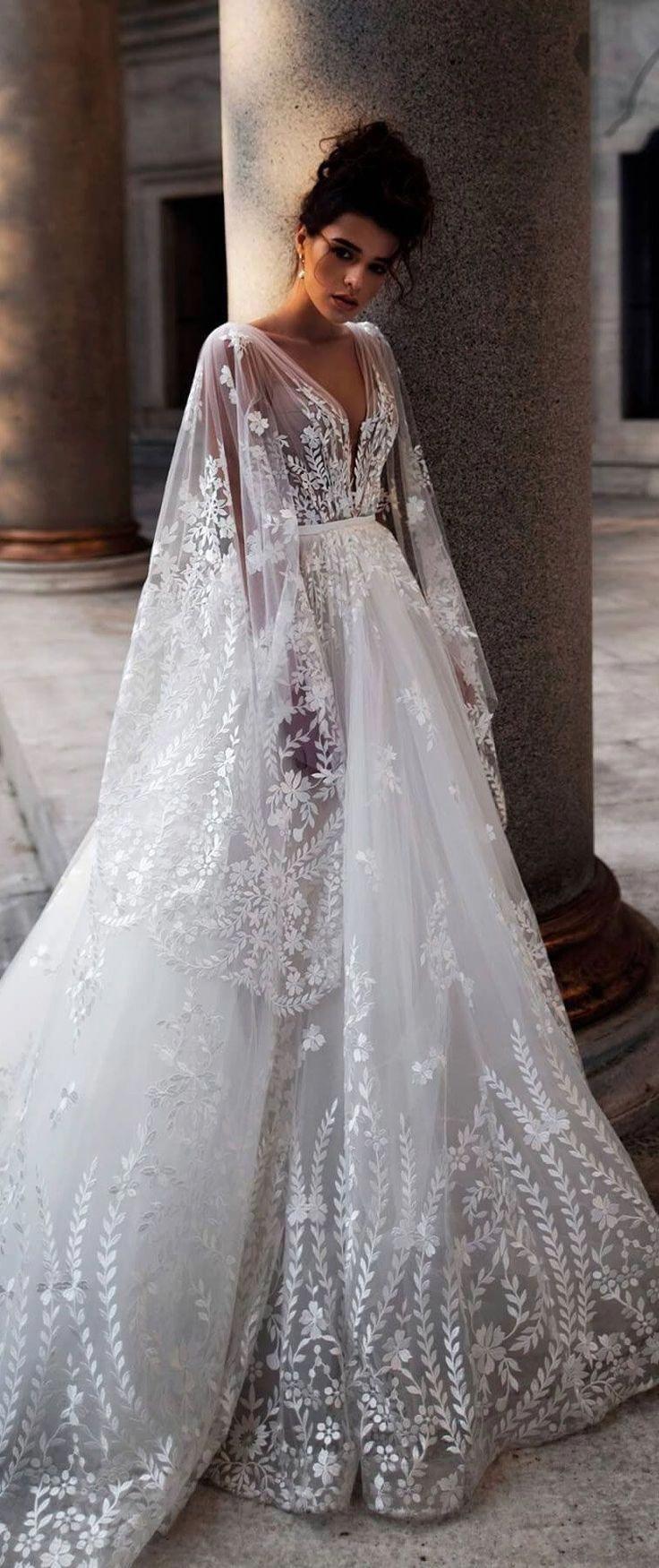 Wedding Cakes In Dallas Tx   Long train wedding dress, Trendy ...