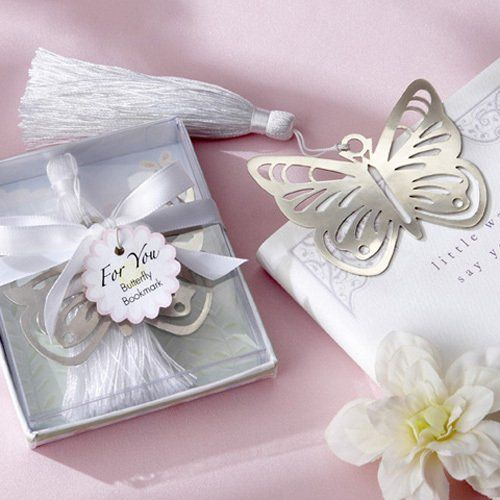 Who needs bookworms when you can have butterflies? These gorgeous butterfly bookmark favors are great sweet sixteen favors or birthday favors for any age.