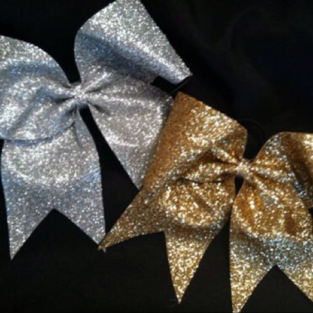 Sparkly bows!!