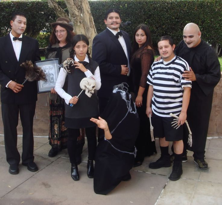 31 absolutely adorable halloween costumes for the entire family - Great Group Halloween Costume Ideas