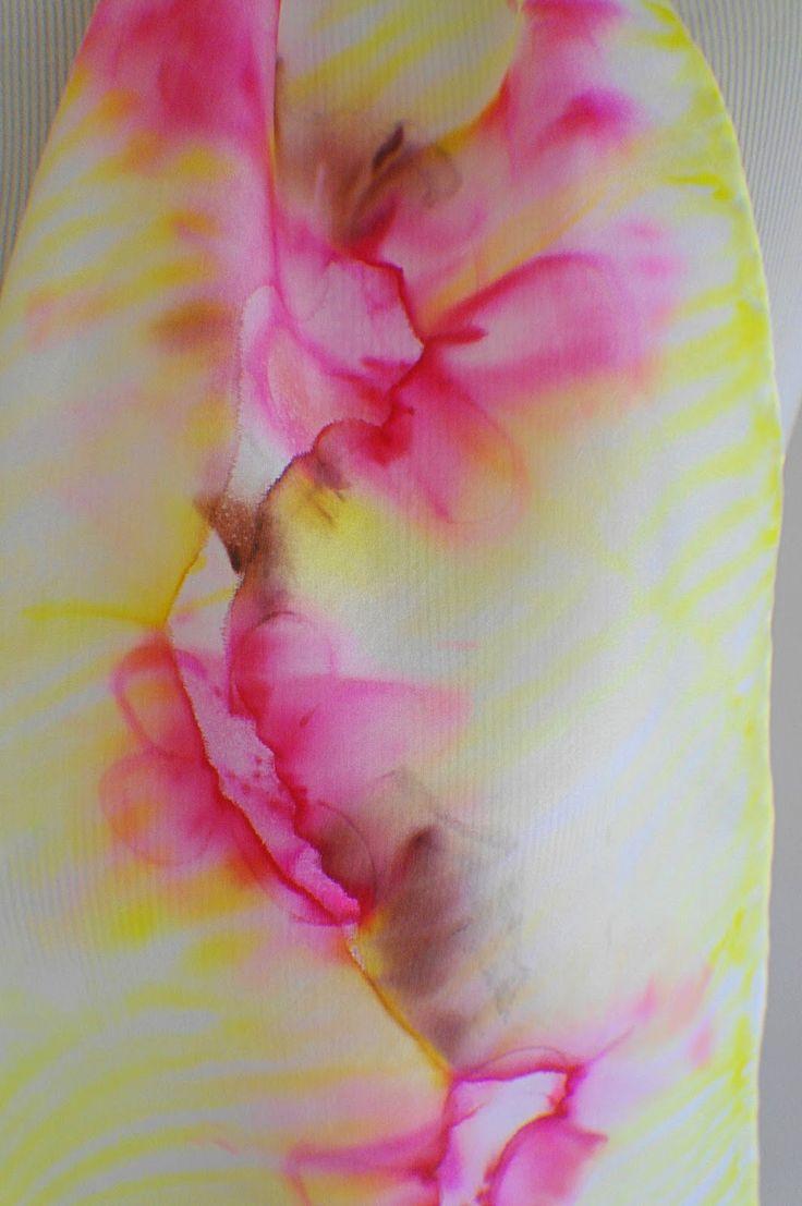 Les 25 meilleures id es de la cat gorie peinture sur soie for Technique de peinture sur soie en video