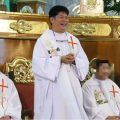 Priest pulled gun on cops when caught with 13-year-old girl at motel #philippines #news http://ift.tt/1CijO2m