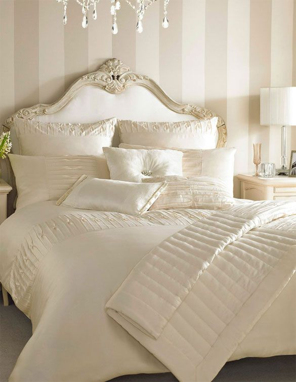 Beutiful Feminine Bedding Ivory