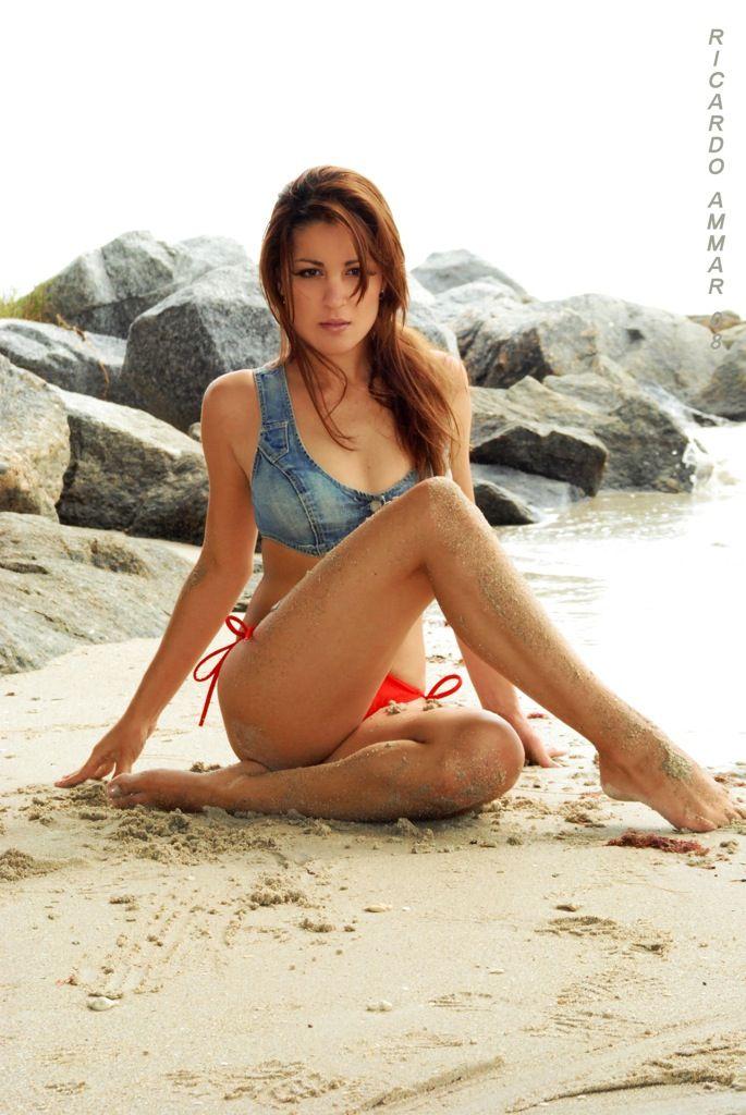 swimsuit shoot poses on - photo #6